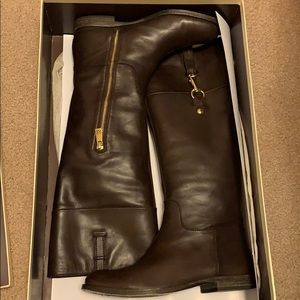 Women's boot size 6